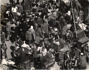 Zsibvásár a régi Teleki téren, 1940 - Escher Károly